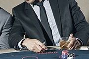 Going to the Casino? Here's What You Should Wear